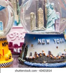 New York Snow globes