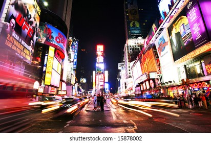 New York Times Square traffic at night - summer 2008