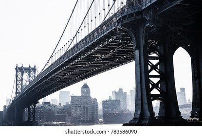 New York town, Manhattan bridge overcast day
