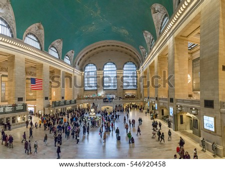New York, United States of America - November 20, 2016: Inside view of the main hall of Grand Central Terminal Station with many people