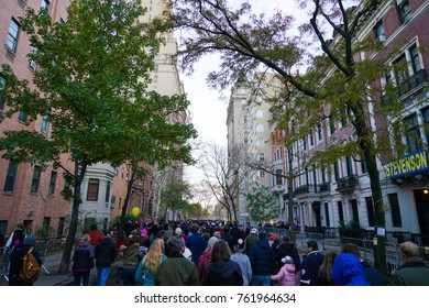 NEW York, USA - 22 November 2017. Crowds gather in Upper East Side for watching the annual blowing up of the balloons.