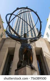 New York, USA - 28 sept 2017: Atlas Statue on 5th Avenue
