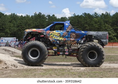 New York, USA - August 9: Monster Jam show  at a car exhibition , on August 9, 2011 in Brookhaven Calabro Airport, New York
