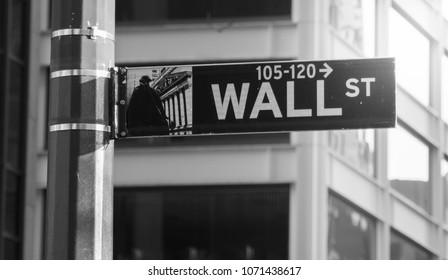 New York, USA, December 2017. Street Street. Poster, street identification sign. Black and white