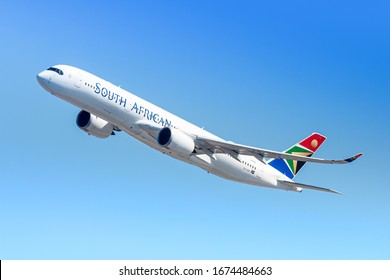 New York, USA - March 1, 2020: South African Airways Airbus A350-900 airplane at New York John F. Kennedy airport (JFK) in the USA. Airbus is an aircraft manufacturer based in Toulouse, France.