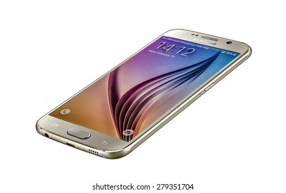 New York, USA - May 01, 2015: Studio shot of a gold Samsung Galaxy S6 smartphone, with 16 mP Camera, quad-core 2,7 GHz and 1440 x 2560 pixels Display Resolution
