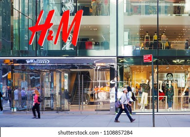 New York, USA - May 3, 2018: H&M store in central Manhattan