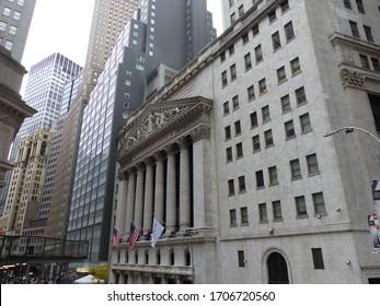 New York, USA / USA - November 2019: New York Stock Exchange building