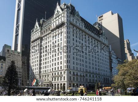 29e9a45436c5 NEW YORK USA OCT 4 2017 Stock Photo (Edit Now) 746241118 - Shutterstock