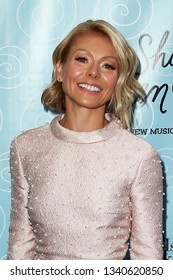 NEW YORK-APR 14: TV personality Kelly Ripa attends the Broadway opening night for 'It Shoulda Been You' at The Edison Ballroom on April 14, 2015 in New York City.