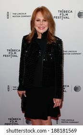 """NEW YORK-APR 18: Actress Marlo Thomas attends the """"All About Ann: Governor Richards of the Lone Star State"""" premiere during the 2014 TriBeCa Film Festival on April 18, 2014 in New York City."""