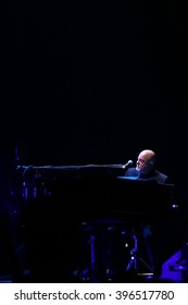 NEW YORK-APR 3: Singer/songwriter Billy Joel performs in concert at Madison Square Garden on April 3, 2015 in New York City.