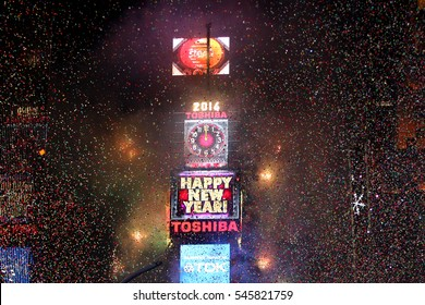 NEW YORK-DEC 31: General atmosphere during Dick Clark's New Year's Rockin' Eve at Times Square on December 31, 2015 in New York City.