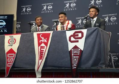 NEW YORK-DEC 8: (L-R) Ohio State Buckeyes quarterback Dwayne Haskins, Alabama Crimson Tide quarterback Tua Tagovailoa and Oklahoma Sooners quarterback Kyler Murray at a press conference in New York.