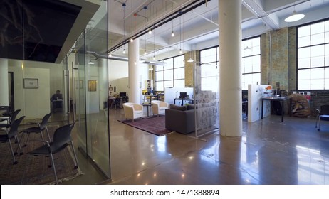 new York/new York  06/08/2019  photo of modern office space