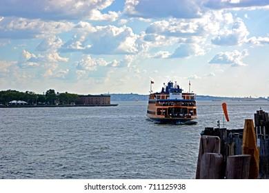 NEW YORK-USA-JULY 18 : The Transportation boat on Cityscape of manhattan city on July 18, 2014 New York, USA