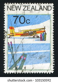 NEW ZEALAND - CIRCA 1987: stamp printed by New Zealand, shows Tourism, Aviation, circa 1987