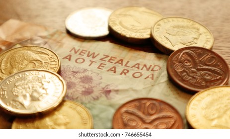 New Zealand Dollar Images, Stock Photos & Vectors | Shutterstock