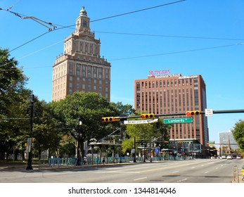 Newark, NJ - September 19 2015: View of Broad Street, 15 Washington Street skyscraper, and Rutgers Business School in downtown Newark