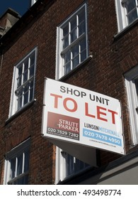 Newbury, Northbrook Street, Berkshire, England - October 03, 2016: Commercial to let sign over vacant shop unit