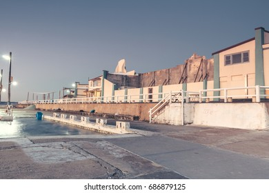 Newcastle NSW harbour surf holiday location nobbys lighthouse ocean baths