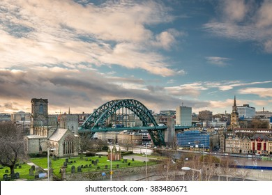 Newcastle Skyline / Newcastle skyline showing the iconic Tyne Bridge. St Mary's church to the left and All Saints Church on the right