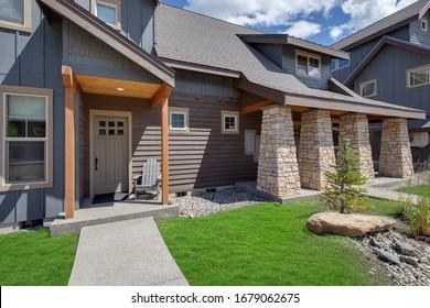 Maison Moderne Bois Images Stock Photos Vectors Shutterstock