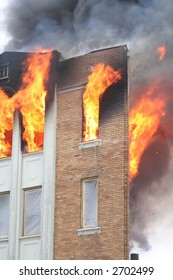 Newly renovated apartment in flames in Detroit