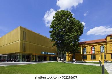 The newly renovated Lenbachhaus in Munich, museum, Upper Bavaria, Bavaria, Germany, Europe, 16. August 2013