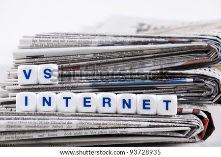 internet vs newspaper