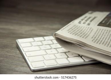 Zeitungen und Computer