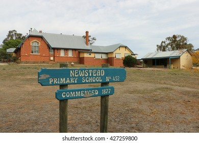 NEWSTEAD, VICTORIA, AUSTRALIA - April 27, 2016: Newstead Primary School was established in 1877. The school's original red brick building sits alongside a new purpose-built art and technology building