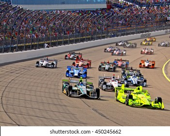 Newton, Iowa USA - July 10, 2016: Verizon IndyCar Series Iowa Corn Indy 300. Race action on the world's fastest short track. Start of the Indycar race