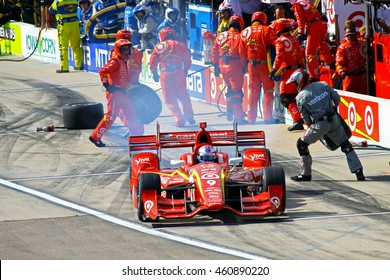 Newton, Iowa USA - July 9, 2016: Verizon IndyCar Series Iowa Corn Indy 300. Scott Dixon pit stop
