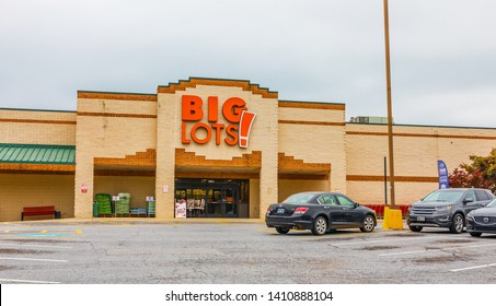 NEWTON, NC, USA-5/22/ 2018:  A Big Lots store, an American retail company with over 1400 stores in 47 states.