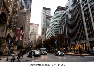 NEW-YORK - NOV 17: Evening falling on a Manhattan busy avenue in New-York, USA on November 17, 2012.