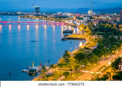 Nhat Le river, Dong Hoi City, Quang Binh Province; view from above. Photos taken on August 6, 2017