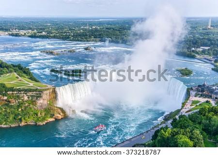 niagara falls aerial view canadian falls の写真素材 今すぐ編集