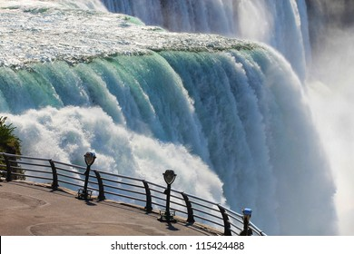Niagara falls binoculars