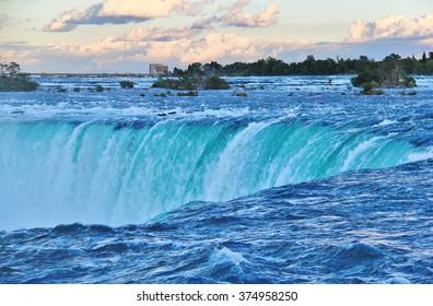 Niagara Falls , Ontario