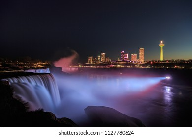Niagara Falls view at night