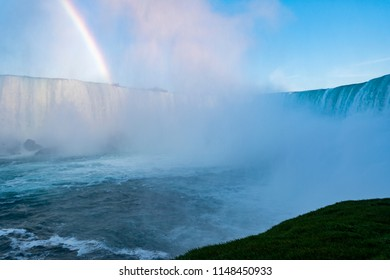 Niagara falls waterfalls view with rainbow