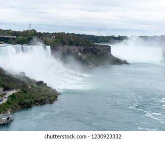 Niagara: Horseshoe Falls and American Falls
