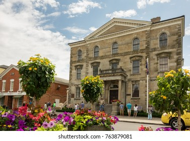 NIAGARA ON THE LAKE, CANADA - JUNE 28, 2016: Court House on the main road Queen Street of Niagara-on-the-Lake