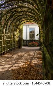"A nice arbor in the Netherlands, city Groningen, province Groningen, garden is called the ""prinsentuin"""