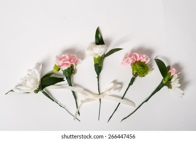 Nice and beautiful flower pin for hairdress