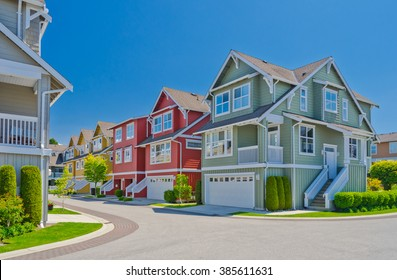 Nice and comfortable neighborhood. A line of townhouses in the suburbs of Vancouver, Canada.
