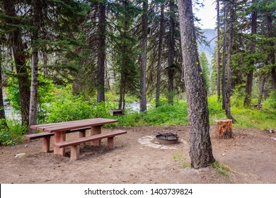 A nice creek side campsite in the Payette National Forest