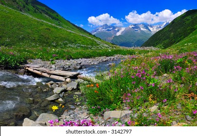 Nice day in mountains, Vivid colors, 16 MPx