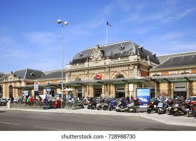 NICE. FRANCE. 07 APRIL 2011 : Nice Ville Train Station. France